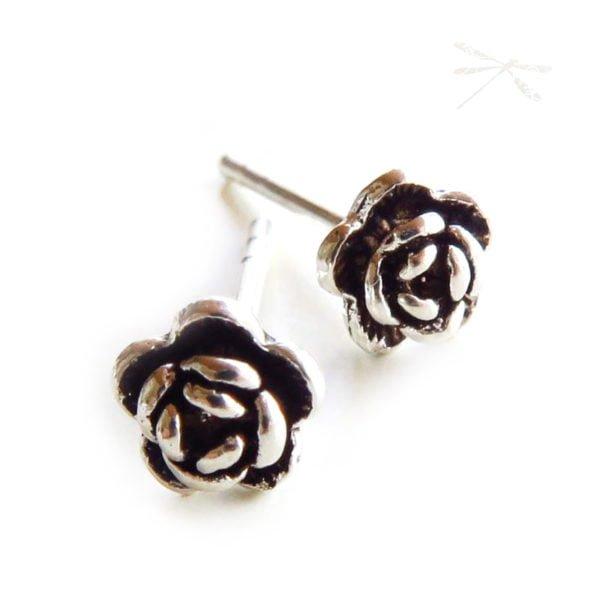 rose studs