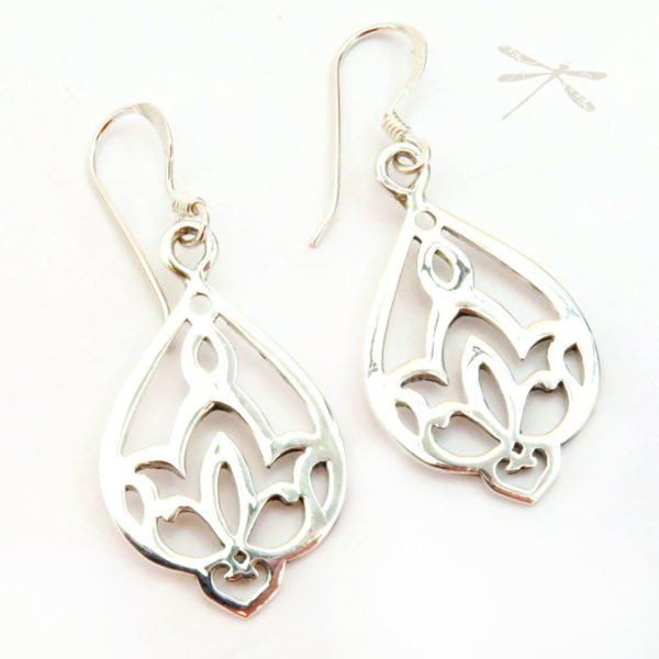 Waterlily earrings 3