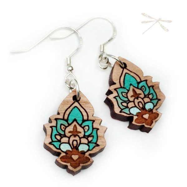 Small wood tourquoise earring